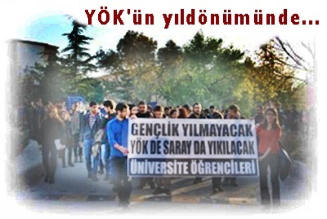 Üniversiteliler:  'YÖK de Saray da yıkılacak'